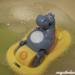 Nos bañamos en casa con Hipo pedal de Tomy