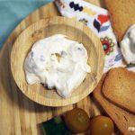 Salsa de yogur y pepino ¡el vicio del verano!