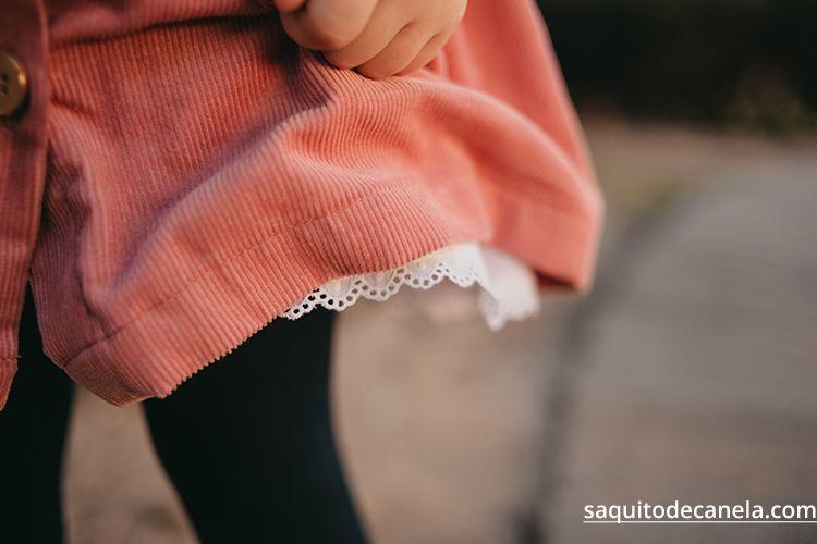 falda con tirantes niña