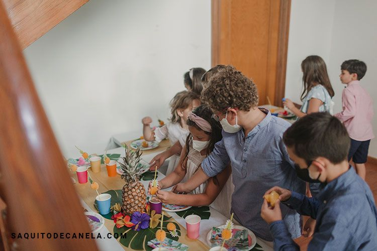 Mesa de chuches para niños