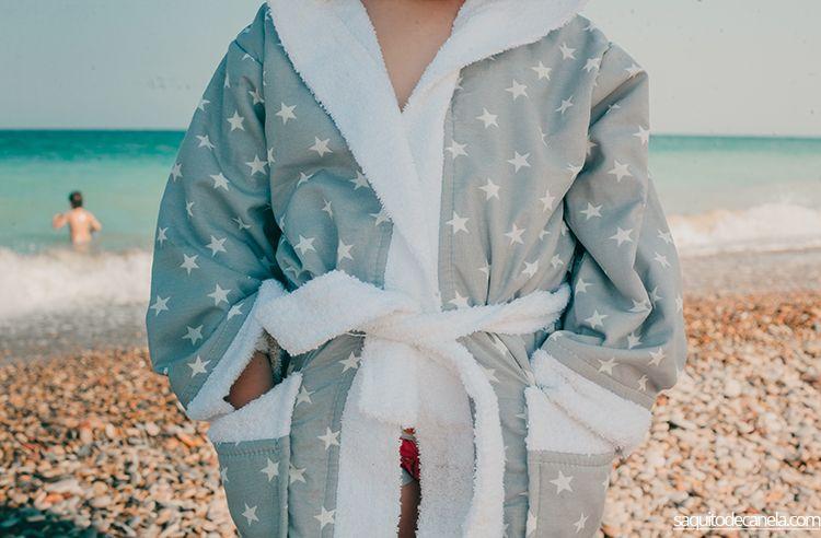 ropa de cuarto de baño para la playa